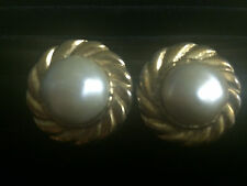 *VINTAGE* CHANEL Stamped Big Chunky Gold Tone & Faux Pearl Clip-On Earrings