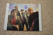 The Hooters SIGNED AUTOGRAFO 20x25 cm in persona Johnny B 80er POP