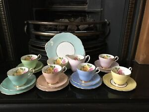 Rare Vintage Harlequin Tea Set With Roses Detail