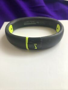 Nike+ Fuelband Size ( XL ) Black Used--no charger         FREE SHIPPING        m