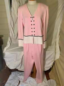 VTG St. John Collection by Marie Gray Light Pink 2 Piece WE COMBINE SHIP❤️