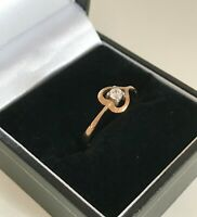 Vintage 9ct Yellow Gold & Clear Stone Heart Ring Hallmarks 375 Size: UK O 1/2