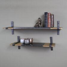 Mobili e pensili marrone in metallo per la cucina