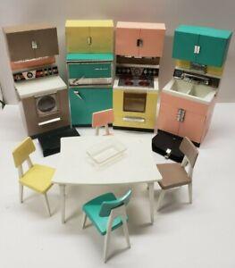 Vintage Deluxe Reading Dream Kitchen Mid Century Modern Barbie Doll Toy Kitchen