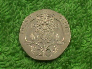 GREAT  BRITAIN   20 Pence   1983  *