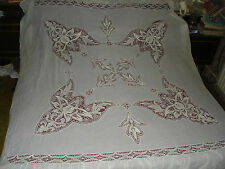 #656  Beautiful Vintage Hand Made Coverlet   256cm/200cm(101''/79'')