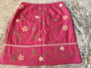 Telluride clothing company Women's Size 8 Med Pink Flower Floral Short Skirt