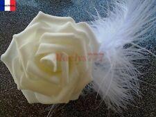 pince cheveux**rose et plume blanche**mariage, baptême ......