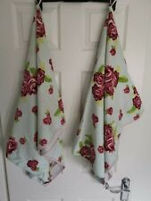 Two Bath Towels Mint Green With Pink Roses