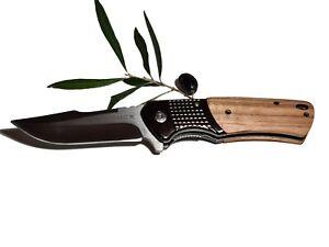Couteau Pliant BUCK en acier et manche en bois d'Olivier 7203