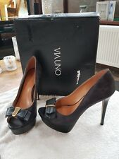 via uno dark brown/black peep toe court shoes size 37 (like Kurt geiger)