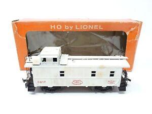 LIONEL AEC CABOOSE #0817-200 WHITE HO SCALE WITH ORIGINAL BOX