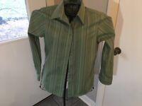 Eddie Bauer Women's Long Sleeve Button Down Career Dress Shirt Green Size Small