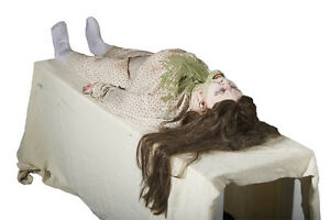 HALLOWEEN LIFE SIZE ANIMATED EXORCIST GIRL PROP HAUNTED HOUSE POSSESSED