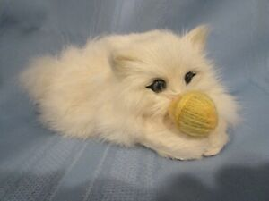 """vintage rabbit fur cat playing with ball of yarn White Persian cat 6"""" long MINT"""