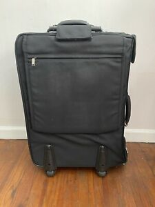 Travelpro Platinum Rolling Garment Bag Folding Very Clean Suitcase