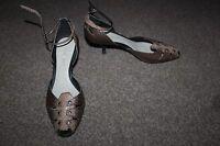 Ladies Brown Leather Nine West Shoes Size 5.5 Unusual Animal Print Heels