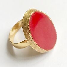 LARGE VINTAGE RED GOLD RED ACRYLIC ~ LUCITE RING BY VOGUE