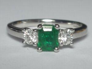 PLATINUM 0.44CT FINE EMERALD & 2 DIAMOND 0.31CT RING