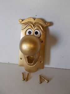 ALICE IN WONDERLAND USED FIXING DOOR KNOB CHARACTER