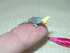 """Miniature Falcon Perched Resin Gray Cockatee, 1"""" Long - DOLLHOUSE 1:12"""
