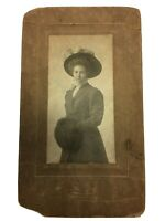 Old Vintage Cabinet Photo Pretty Woman Fashion Glamour