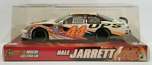 2007 Winner's Circle NASCAR #44 Dale Jarrett UPS Toyota Camry White Scale 1:24