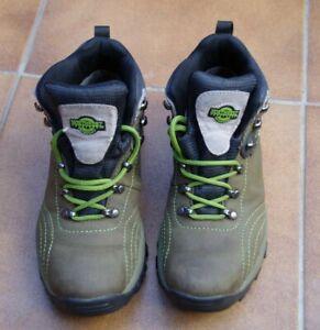 Northwest territory walking Hiking Boots Size 5 Lace Ups