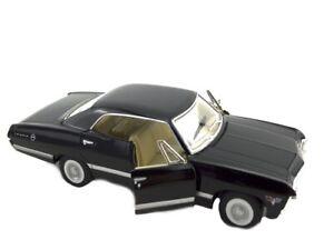 1 X DIECAST 1967 CHEVY IMPALA 13CM gift Chevrolet model classic vehicle stocking