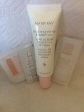 Mary Kay Medium Coverage Foundation in Ivory 202 and Sample Lot. New!