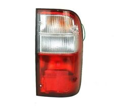TOYOTA HILUX PICK UP 1998-2001 O/S RIGHT REAR TAIL LIGHT LAMP DRIVER SIDE NEW
