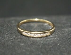 100% 9k Solid Yellow Gold 0.05ct Diamond Eternity Wedder Band Ring Sz 7.25 or O