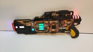 WowWee LIGHT STRIKE Assault Striker Laser Tag Gun YELLOW SR 143 Blaster SemiAuto