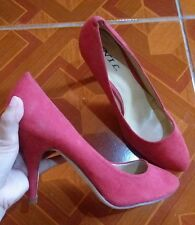 "Red NIL 4"" High Heel Size 7-8"