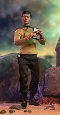Quantum Mechanix Star Trek Master Series: Hikaru Sulu 1: 6 Scale Action Figure