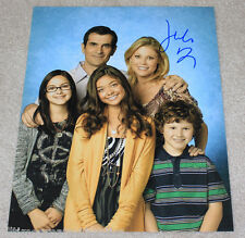 JULIE BOWEN SIGNED AUTHENTIC 'MODERN FAMILY' CAST 11X14 PHOTO w/COA ACTRESS