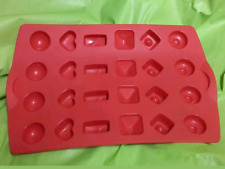 Tupperware MOULE CHOCOLATS   EN SILICONE ROUGE