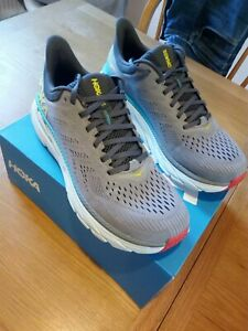 Mens Hoka One One Clifton 7 - MOAN Size 10 New with box. Used 2 times