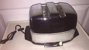 Vintage Sunbeam Radiant Control Toaster Chrome Silver Works