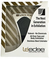 1 x NEW Le Edge Exfoliator Tool  Black/Gold print  NEW IN BOX. LIMITED EDITION.