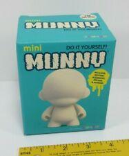 Kidrobot Munnyworld Mini ROOZ bricolage À faire soi-même blanc KR nouveau Munny Blind Box