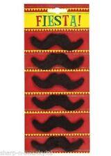 Parrucche e barbe senza marca per carnevale e teatro, a tema abiti nazionali