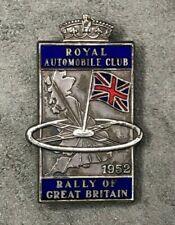RAC ROYAL AUTOMOBILE CLUB RALLY OF GREAT BRITAIN 1952 ENAMEL CAP BADGE