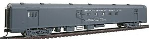 Walthers 932-6904 ACF Railway Post Office-Baggage Car -- Southern Pacific (gray)