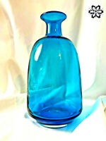 "Hand Blown Aqua Turquoise Art Glass Bottle Vase Smooth Pontil 9"" Vintage"