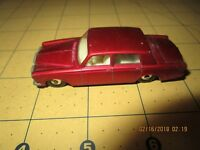 Matchbox (Lesney) #24  Rolls Royce Silver Shadow- metallic red