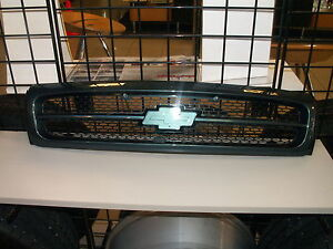 Impala ss Grill Assembly paint to match Genuine GM 94 95 96 10269613