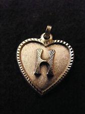 Pendentif Coeur Médaillon en Argent Plaqué  Lettre H 2 cm