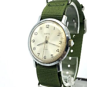 Vintage Military VOSTOK Watch Mens Classic Mechanical 2209 Russia 60s USSR Retro