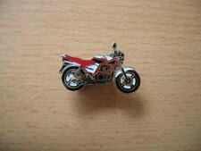 Pin Anstecker Honda CB 450 S / CB450S weiß/rot Motorrad Art. 0383 Spilla Badge
